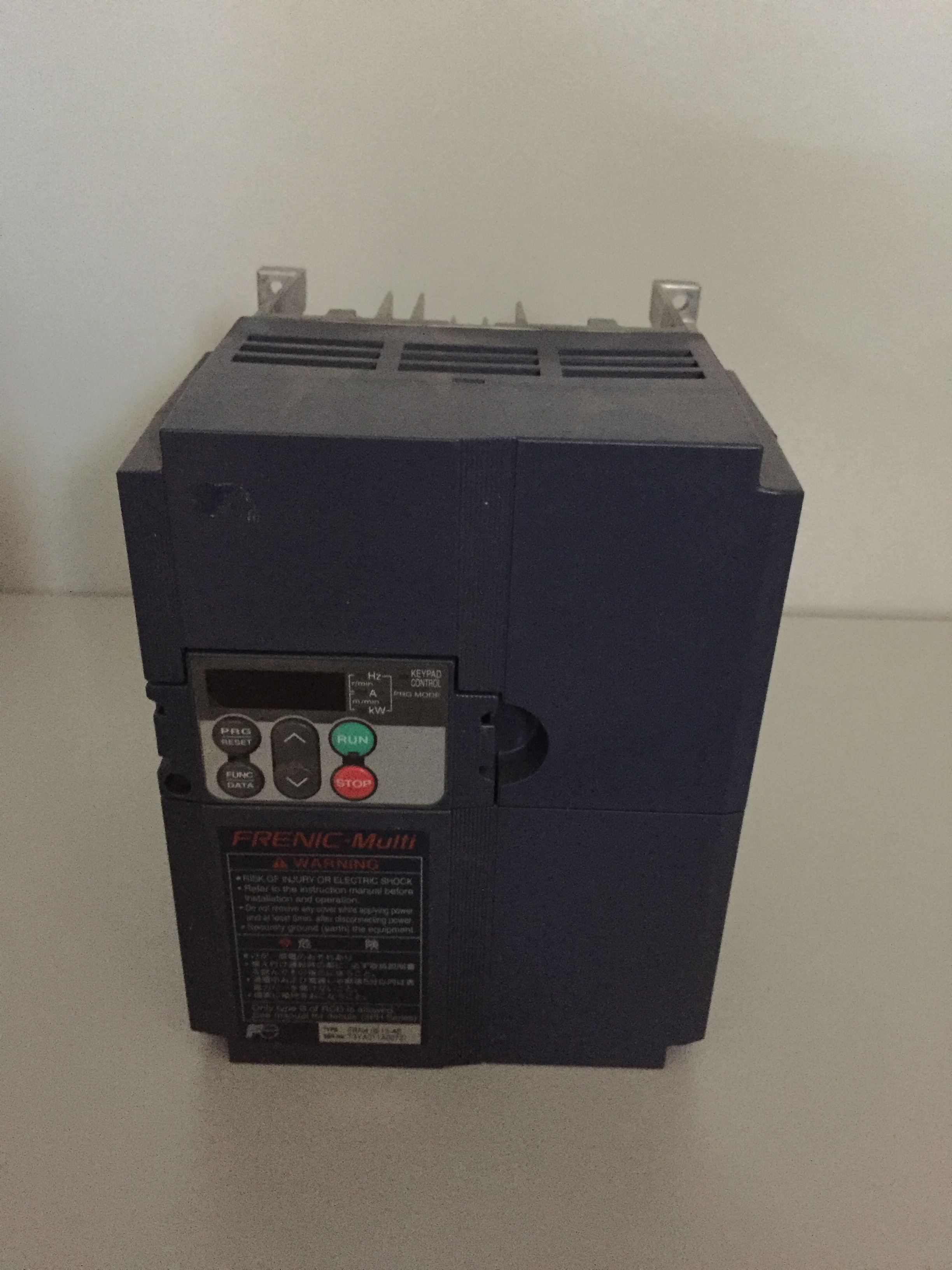 FRENIC MULTI FRN4.0E1S-4E INVERTER
